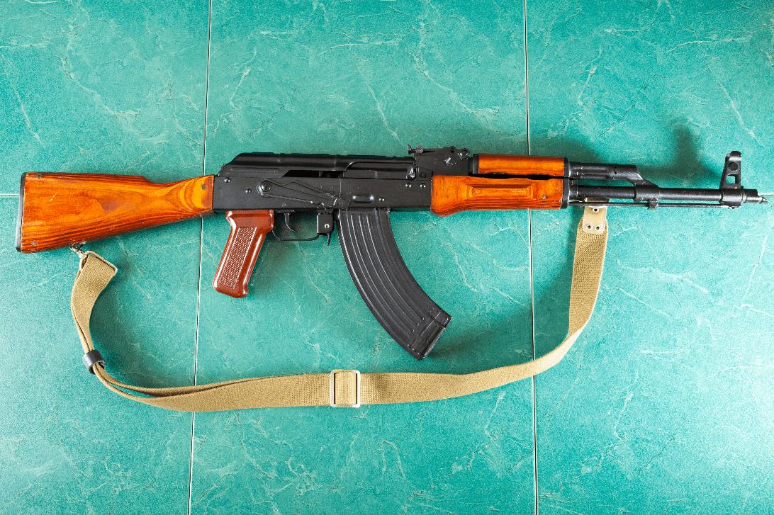 """Kalashnikov vuole abdandonare lo SWIFT e passare alla """"valuta digitale"""""""