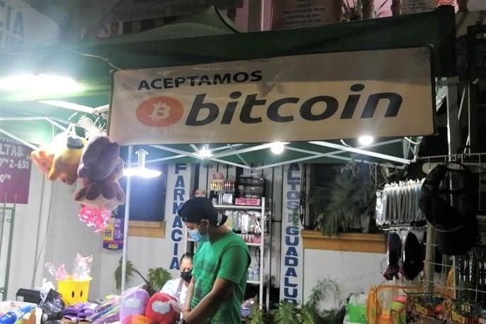 """""""Bitcoin Beach"""" è stata la prima ad adottare Bitcoin in El Salvador"""