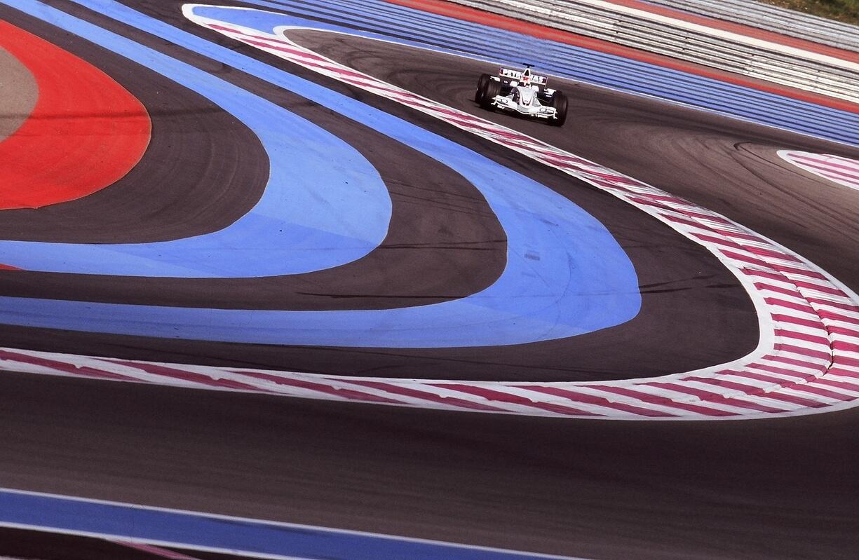 Crypto.com diventa partner inaugurale, globale e NFT della Formula 1