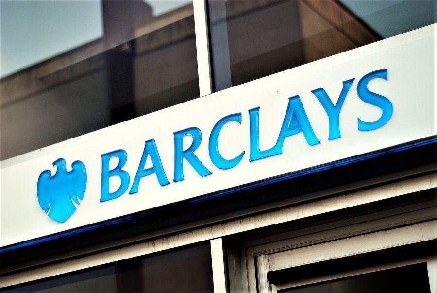 Flussi rialzisti di Bitcoin, la mossa di Barclays contro Binance + Altre notizie