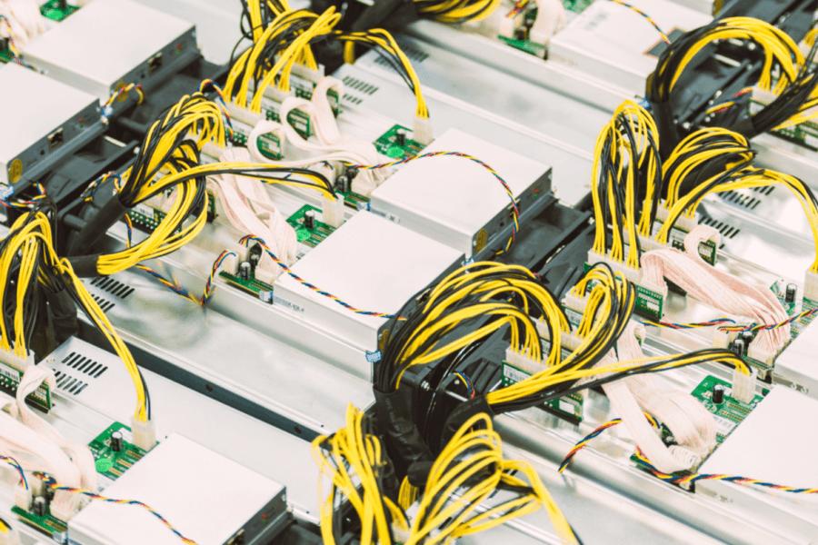 Mining di Bitcoin esentasse, Robinhood debutta su Nasdaq + Altre notizie