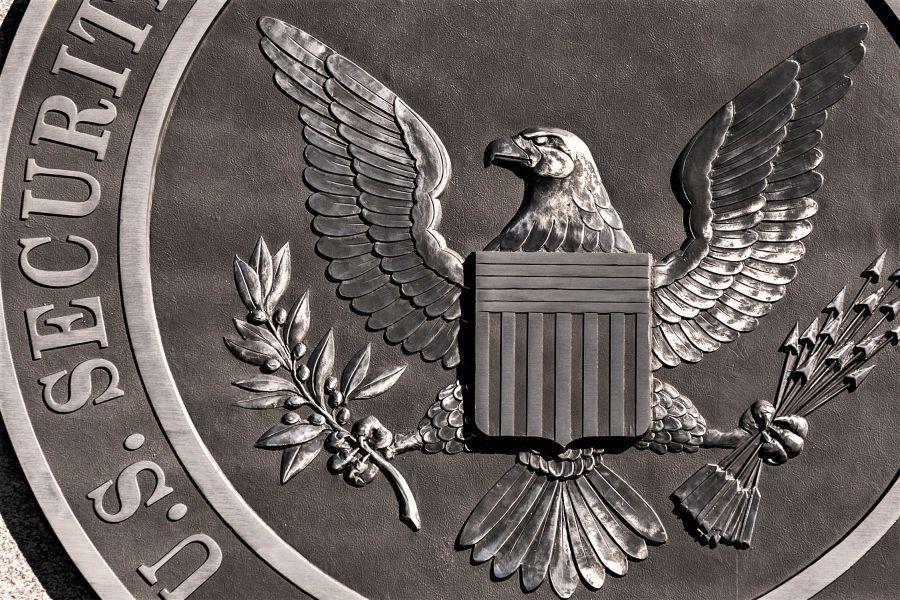 """""""L'innovazione di Bitcoin è reale"""" e altri 9 punti chiave dal discorso del presidente della SEC"""